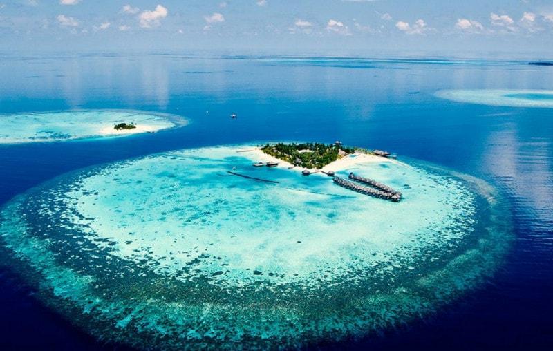 Атоллы - острова из коралловых рифов