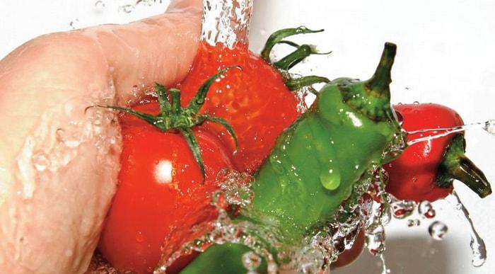 Заражение через немытые овощи